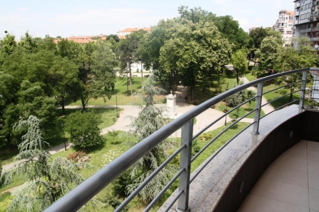 Beograd Vracar Karađorđev Park Stan Prodaja 73 M2 160 000
